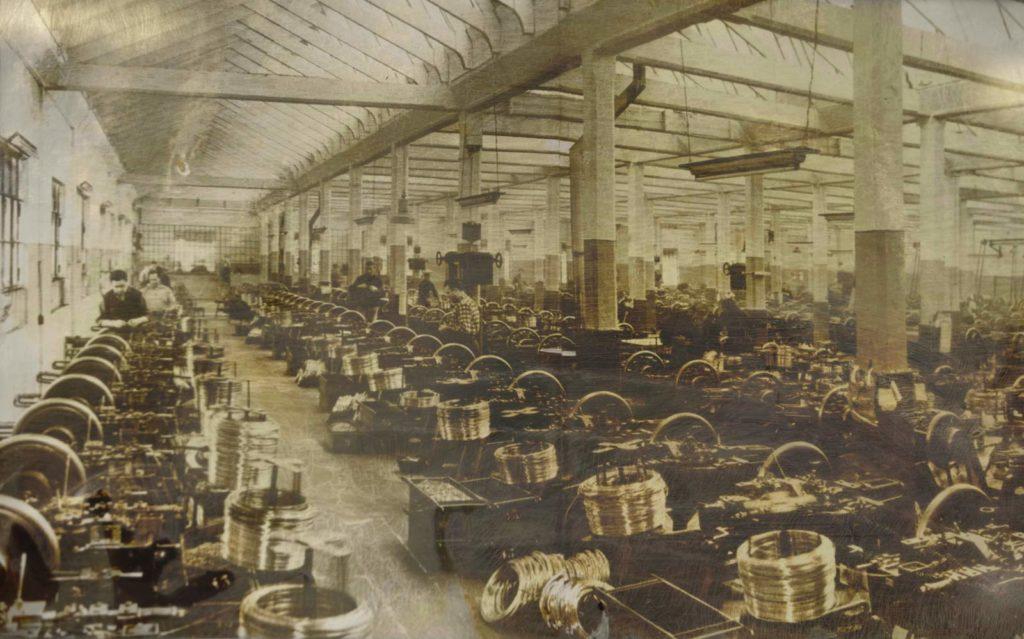 Foto antica metallurgica lombarda